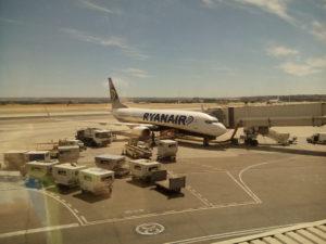 El avión que nos llevó a Perugia, Italia.
